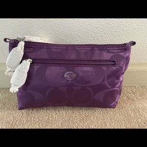 Coach Get Away Nylon Signature Cosmetic Pouch